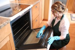 How To Use a Self-Cleaning Oven